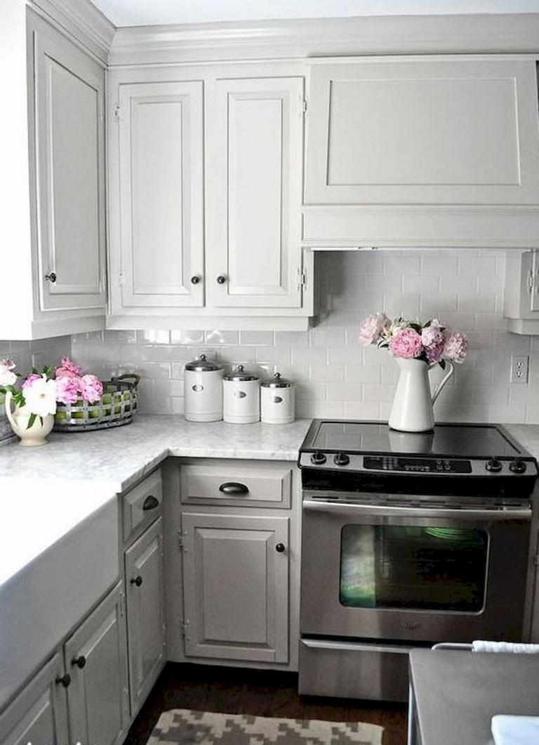 70 Beautiful Farmhouse Kitchen Cabinet Makeover Ideas